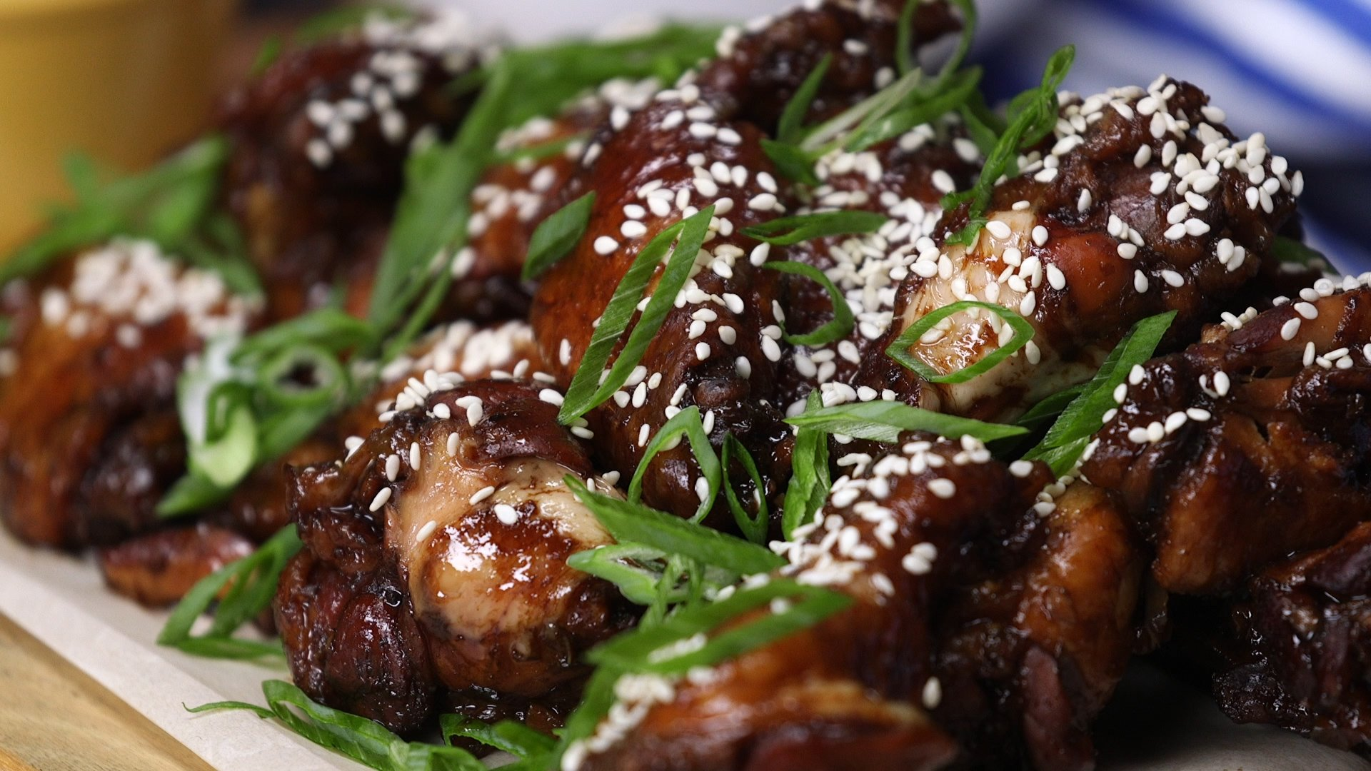 Mange-tout au poulet et pousses de soja